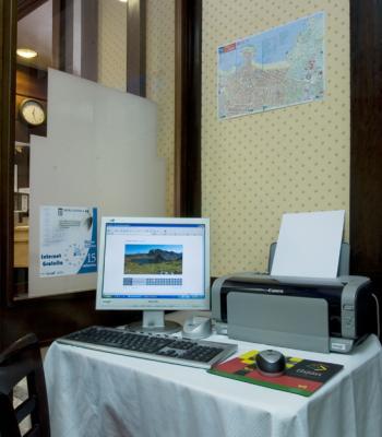 HOTEL CASTILLA ( GIJÓN ) WIFI GRATUITO